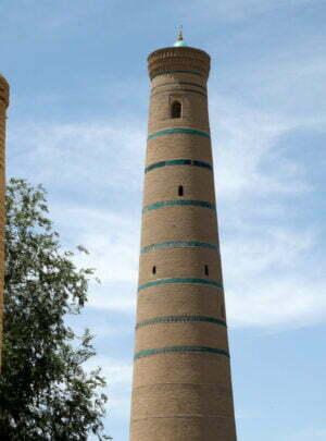 Das Minarett der Dschuma-Moschee in Chiwa